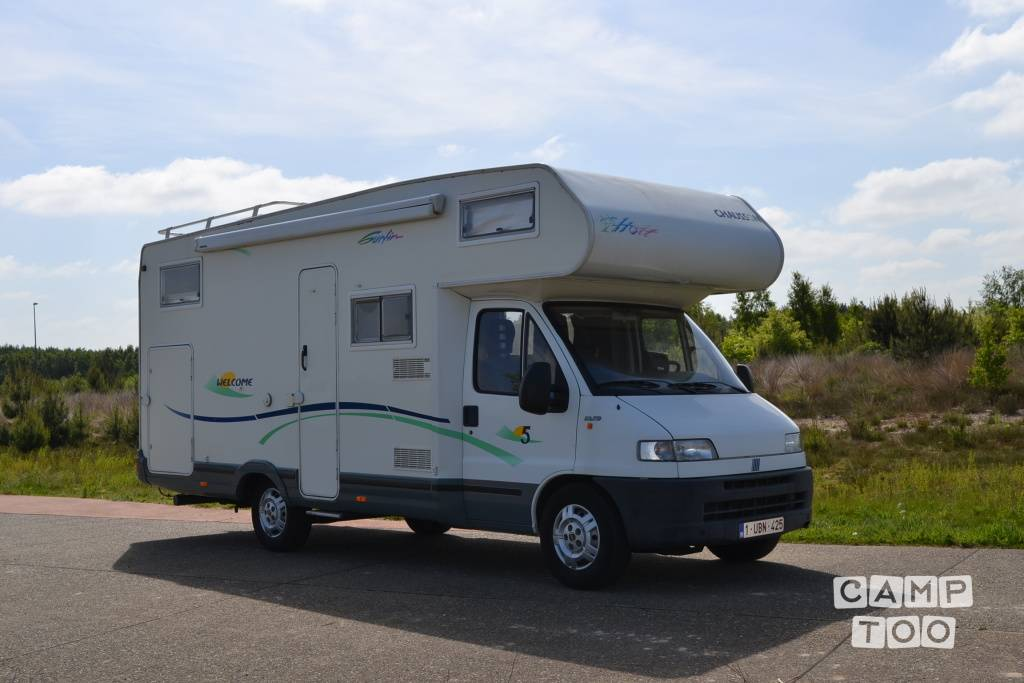 Chausson camper from 2002: photo 1/24