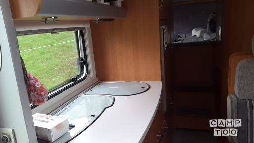 Knaus R17 camper from 2009