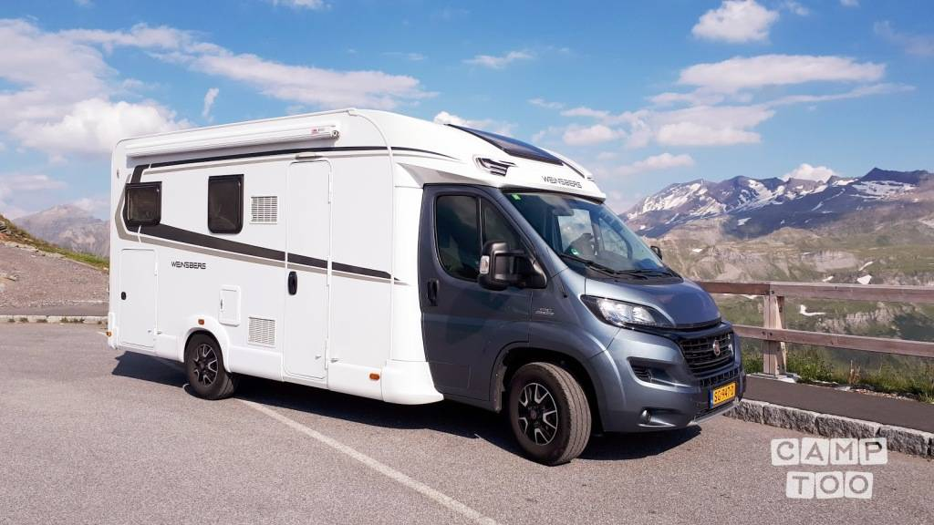 Weinsberg  camper from 2018: photo 1/11
